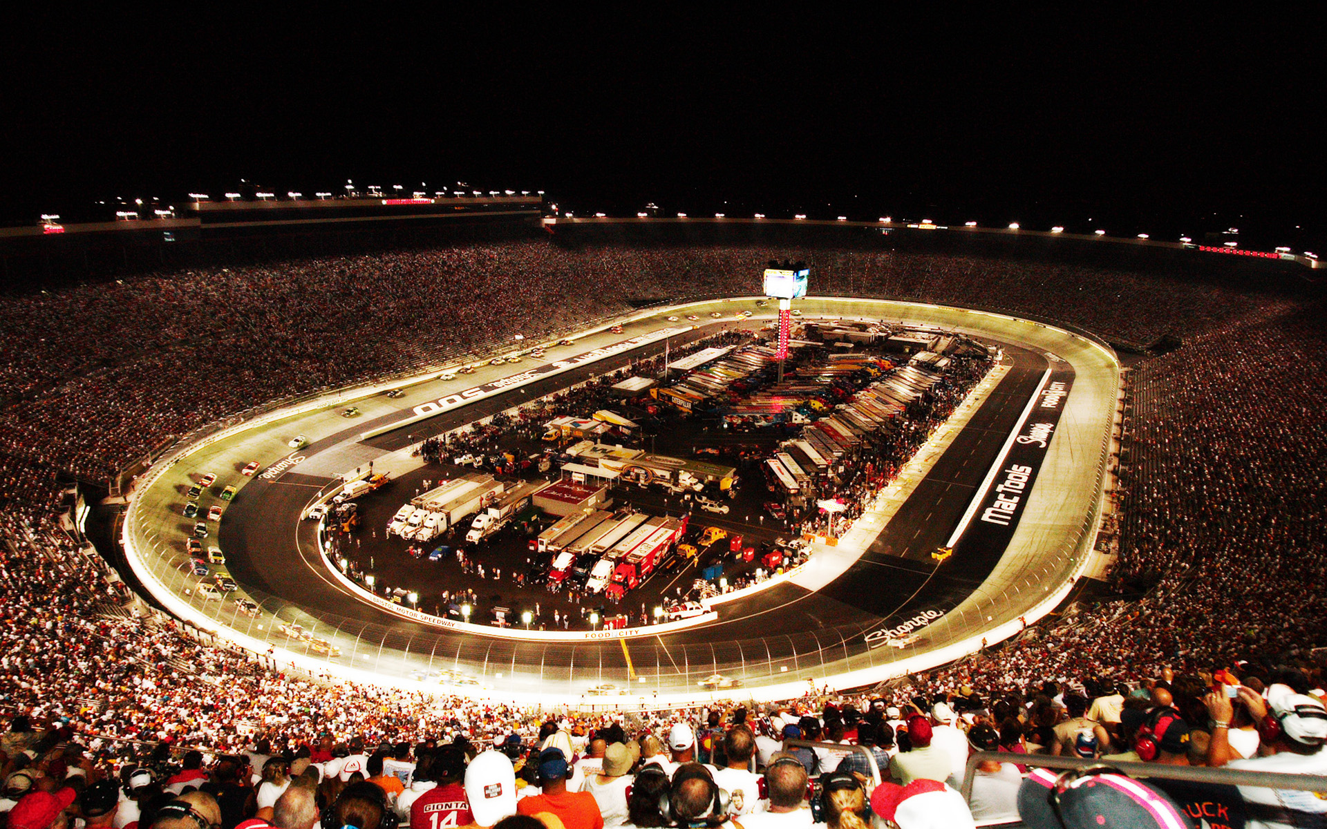 Seeking ohio deer hunting what can we offer for Motels close to charlotte motor speedway